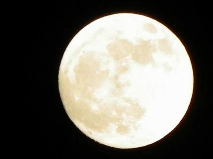 満月ヨガ イメージ