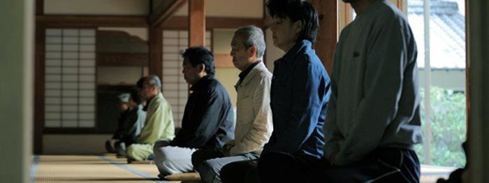 お寺ヨーガ 座禅体験イメージ